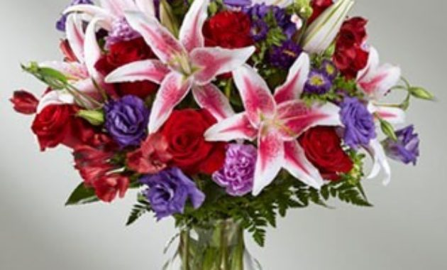 Stargazer Lilies flower